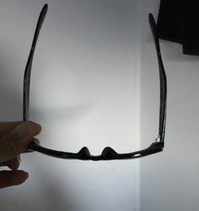 一般的なサングラスの形状